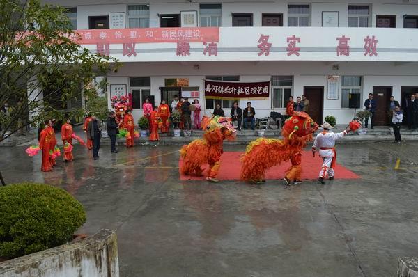 县河镇:锣鼓喧天贺新春 舞狮秧歌大拜年