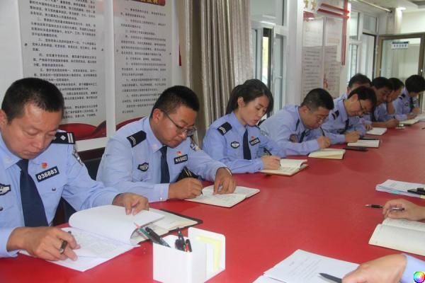 民警学习3.JPG